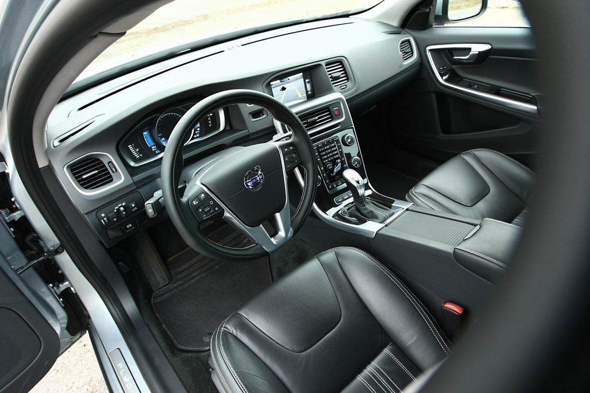 Volvo V60 Plug In Hybrid 2013 Autotests Autoweek Nl