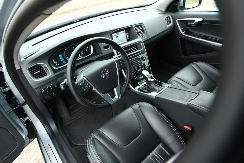 Volvo V60 Plug In Hybrid 2013 Autoweek Nl