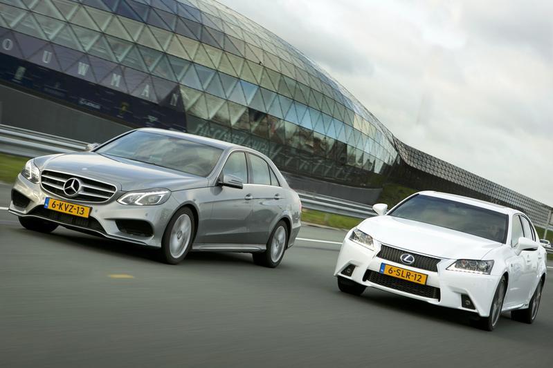 Lexus GS 300H - Mercedes-Benz E 300 Bluetec Hybrid