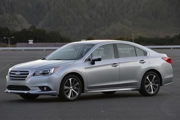 Subaru Legacy eindelijk officieel vernieuwd
