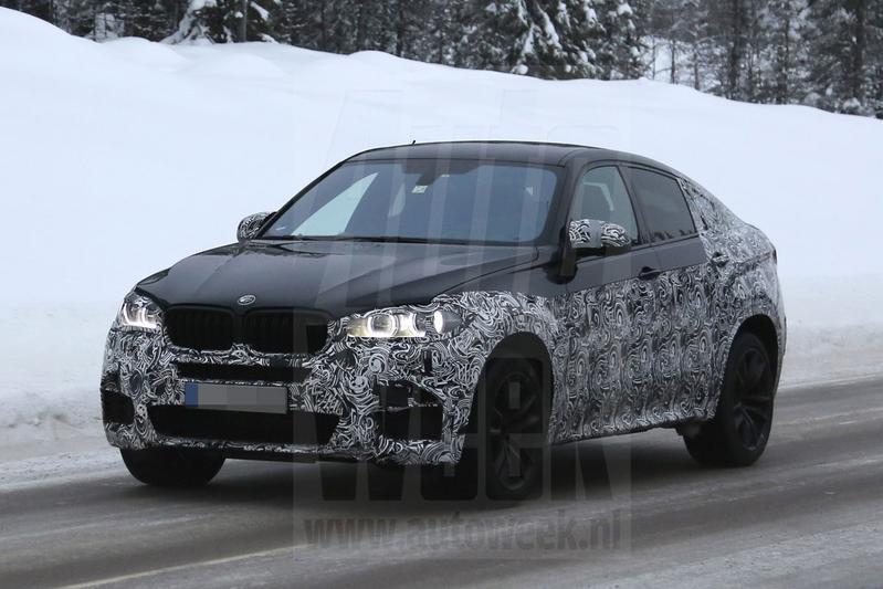 BMW test met nieuwe X6 M in de sneeuw