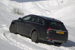 Opel bevestigt Insignia Country Tourer