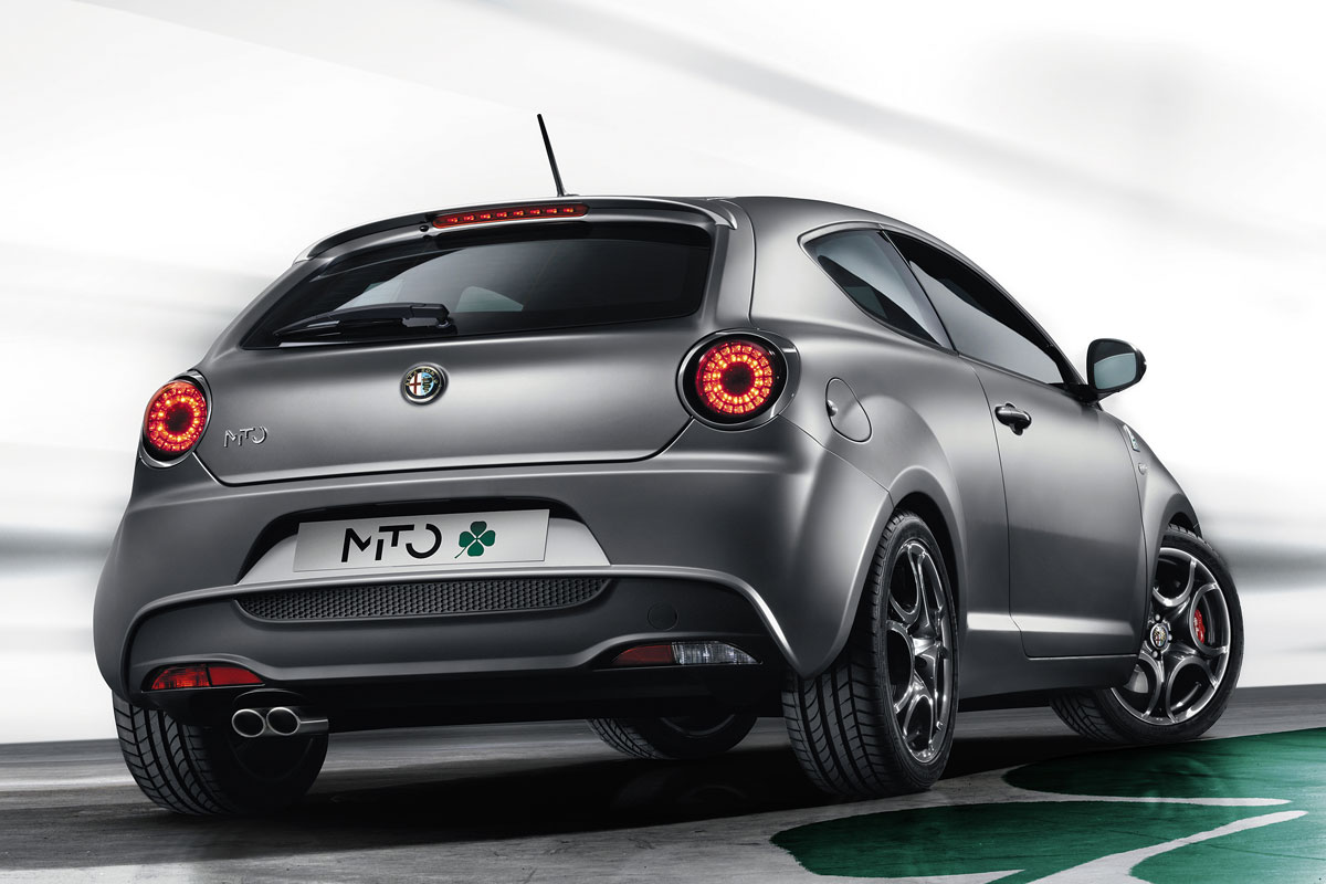 temperamentvol alfa romeo mito en giulietta qv autonieuws. Black Bedroom Furniture Sets. Home Design Ideas