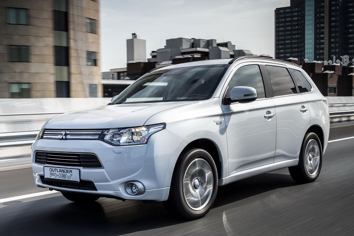 Mitsubishi Outlander PHEV гибрид продажи цена купить