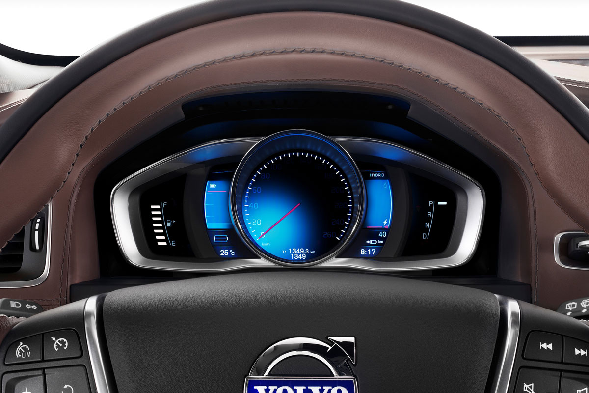 volvo s60 petrol plug in hybrid is benzine hybride autonieuws. Black Bedroom Furniture Sets. Home Design Ideas
