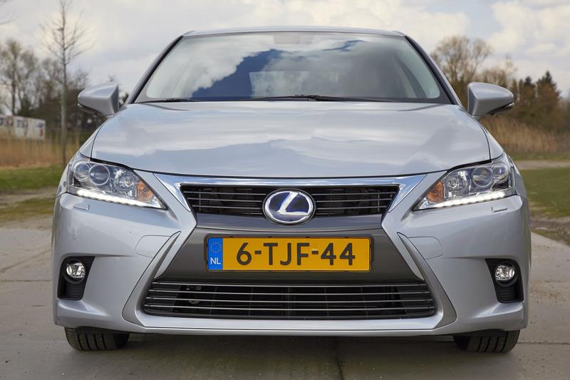 Lexus CT 200h Luxury Line (2014)