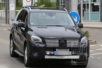 Mercedes M-klasse-facelift laat meer details zien