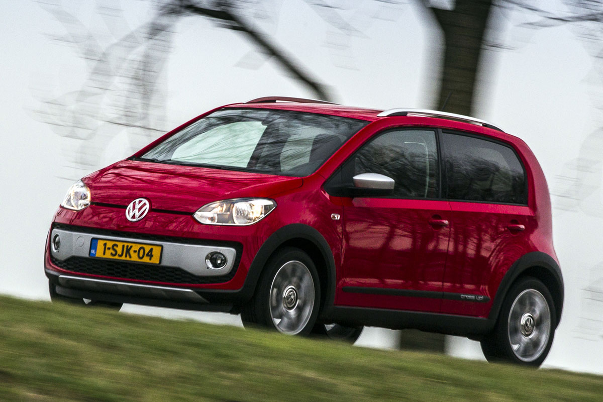 volkswagen cross up 2014 autotest. Black Bedroom Furniture Sets. Home Design Ideas