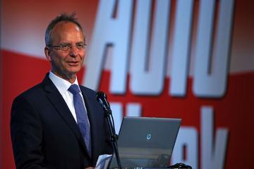 AutoWeek Live geopend door minister Kamp