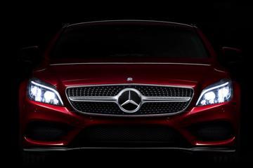 Mercedes CLS pronkt alvast met ledkoplampen