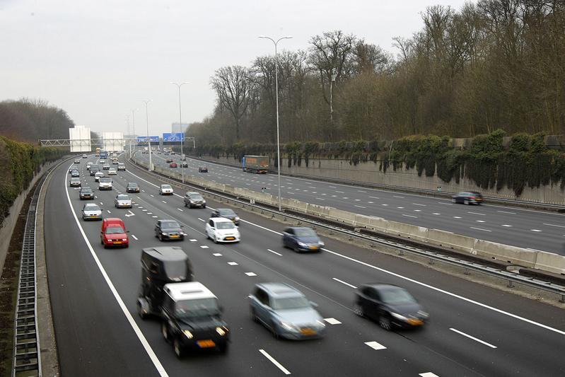 Wegverbredingen op A1 en A27