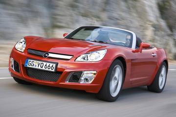 Opel roept alle GT's terug naar garage