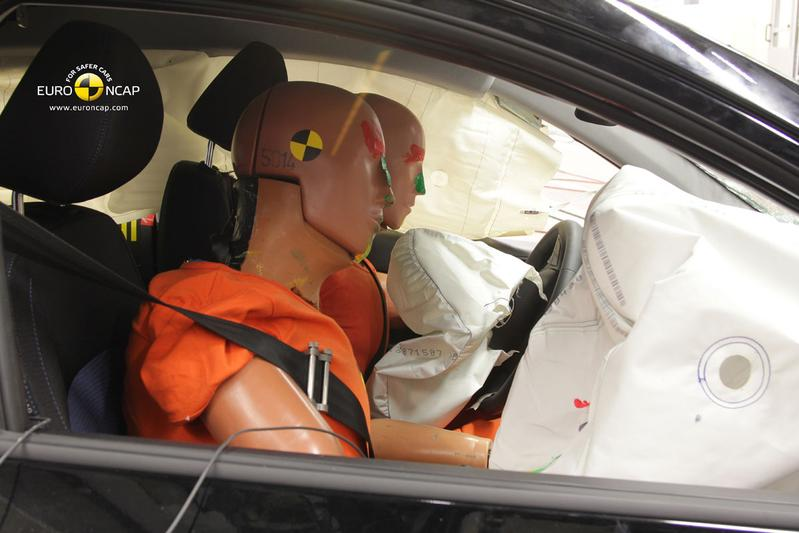 Euro NCAP onderzocht verdachte onderdelen