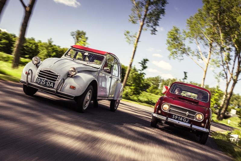 Classics - Renault 4 vs Citroen 2CV
