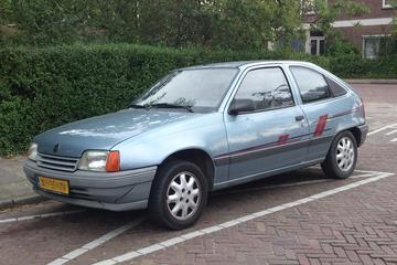 In het wild: Opel Kadett E