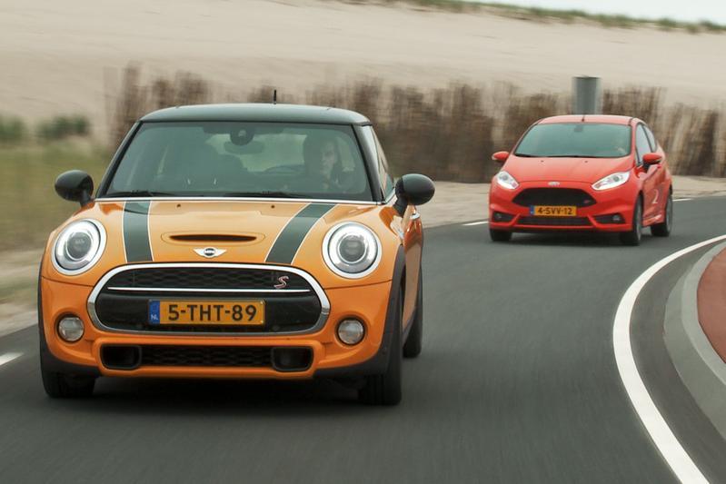 Dubbeltest - Ford Fiesta ST vs. Mini Cooper S