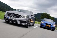 Dubbeltest Mercedes-Benz A 250 vs. BMW 125i