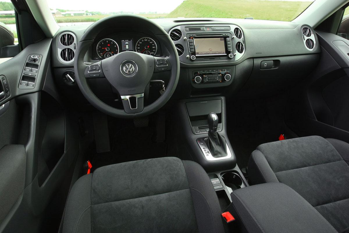 volkswagen tiguan 2 0 tsi 4motion sport style 2011 autotest. Black Bedroom Furniture Sets. Home Design Ideas