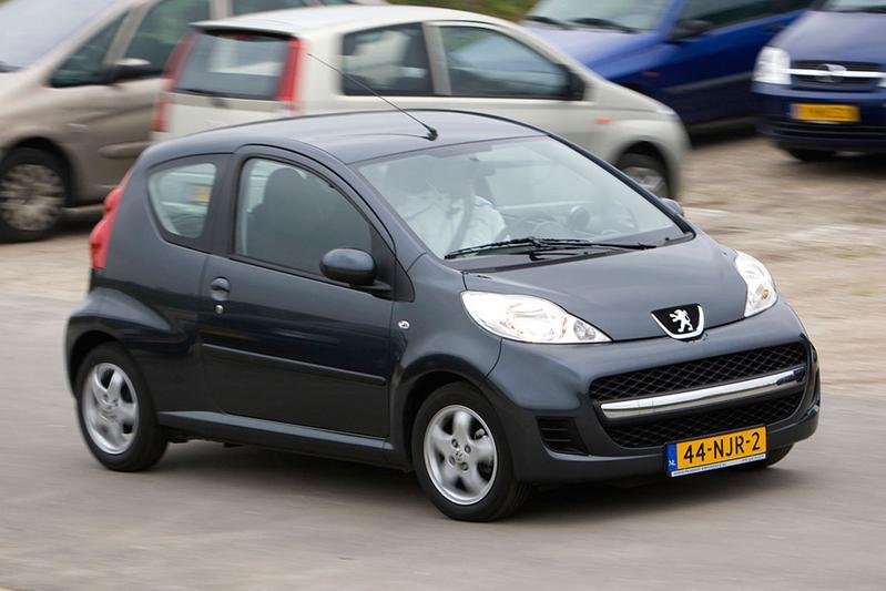 Peugeot 107 XS 1.0 (2011)