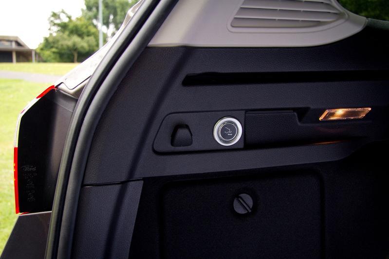 Elektrische Trekhaak Voor Ford Focus Autoweek Nl