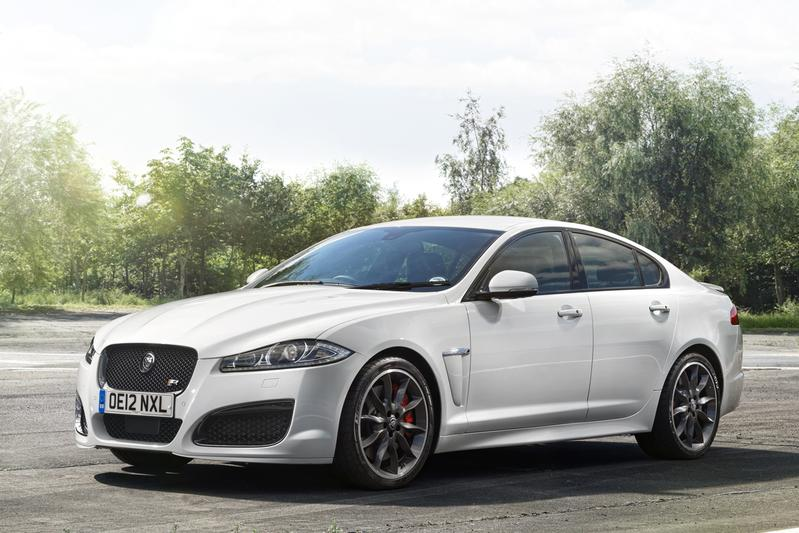 30 km h winst voor de jaguar xfr speed pack. Black Bedroom Furniture Sets. Home Design Ideas