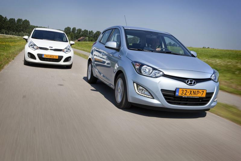 hyundai i20 1 2 i vision 2012 autotest. Black Bedroom Furniture Sets. Home Design Ideas
