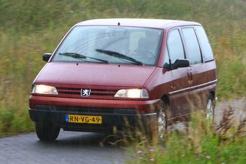 Klokje Rond - Peugeot 806