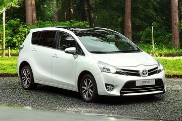 Toyota prijst gefacelifte Verso