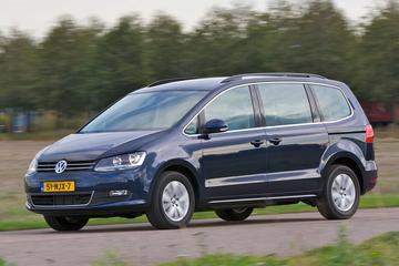 Volkswagen Nederland zwaait Sharan uit