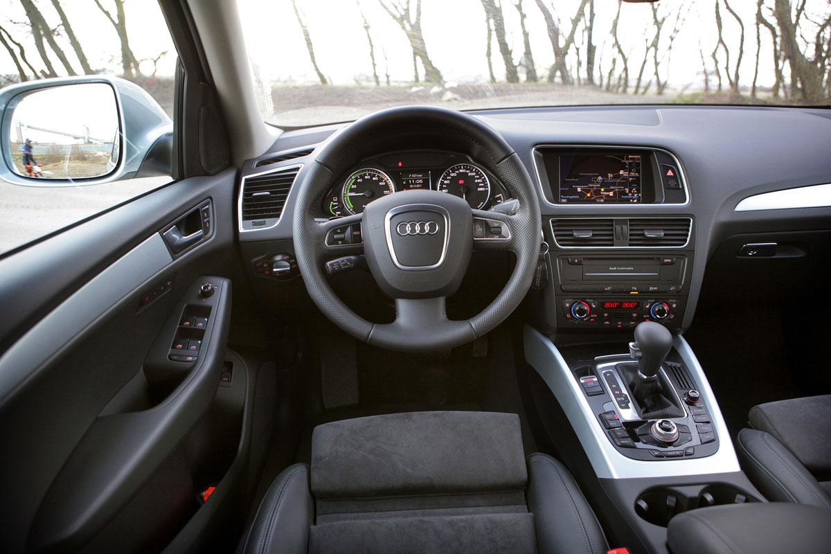 audi q5 2 0 tfsi hybrid quattro 2012 autotest. Black Bedroom Furniture Sets. Home Design Ideas