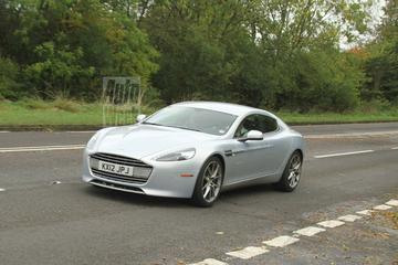 Aston Martin Rapide net even anders