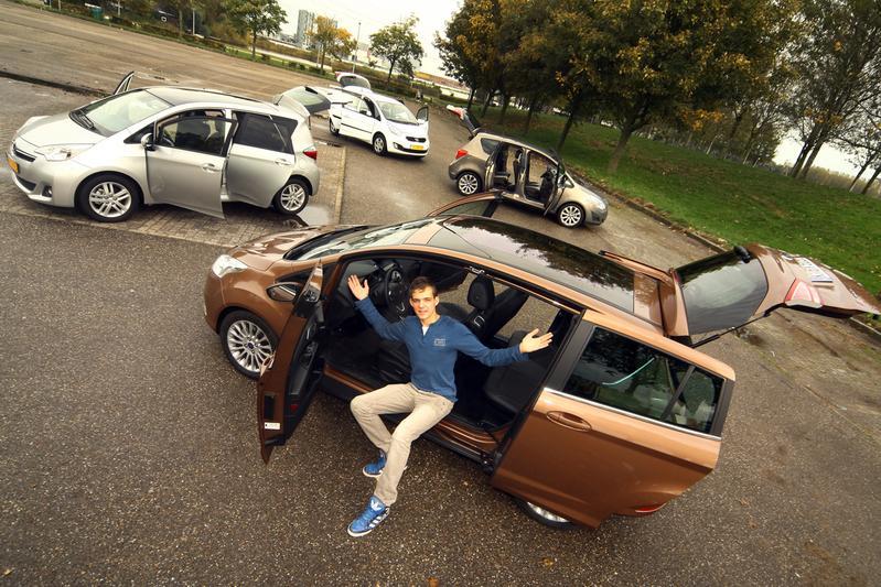 Ford B-Max - Opel Meriva - Toyota Verso S - Kia Venga