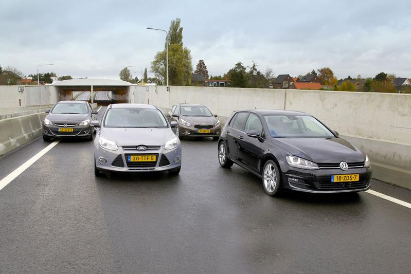 Opel Astra - Ford Focus - Kia Cee'd - Volkswagen Golf