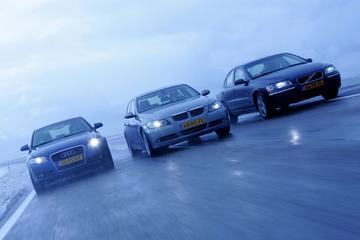 BMW 330i - Volvo S60 T5 - Audi A4 3.2 FSI