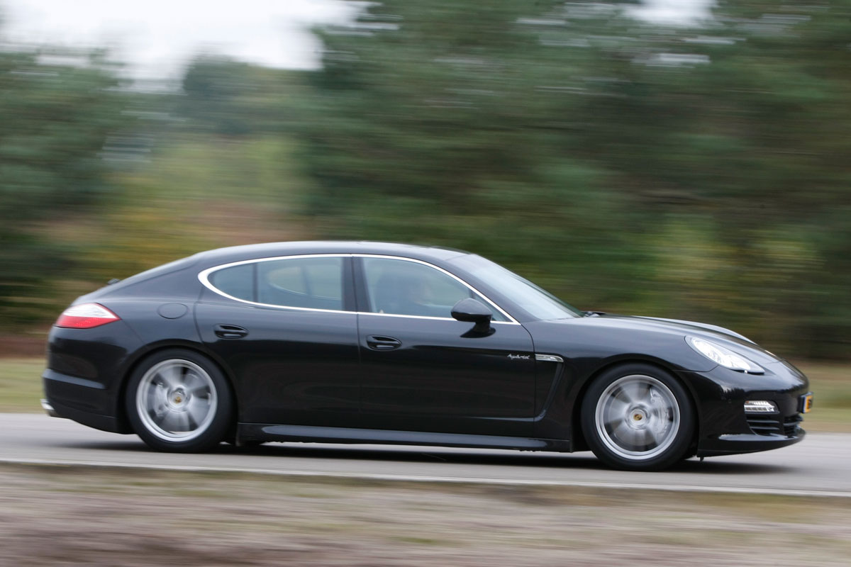 porsche panamera s hybrid 2012 autotest. Black Bedroom Furniture Sets. Home Design Ideas