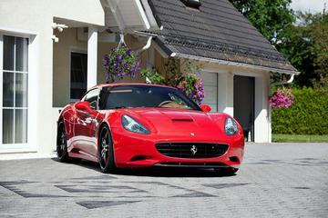 CDC Performance kietelt Ferrari California