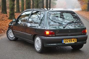 Renault Clio 16V (1993)