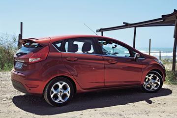 Ford Fiesta 1.25 82 pk Titanium