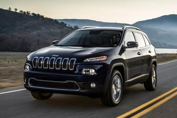 Jeep rijdt testrondjes met alle nieuwe Cherokees