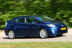 Toyota Prius 1.8 HSD Executive Business