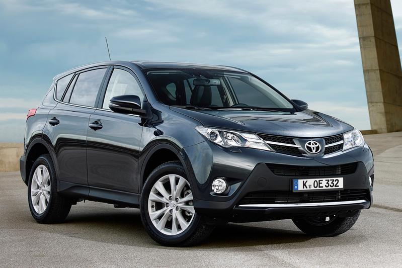 Toyota RAV4 2.2 D-4D-F 4WD Executive Business (2014)