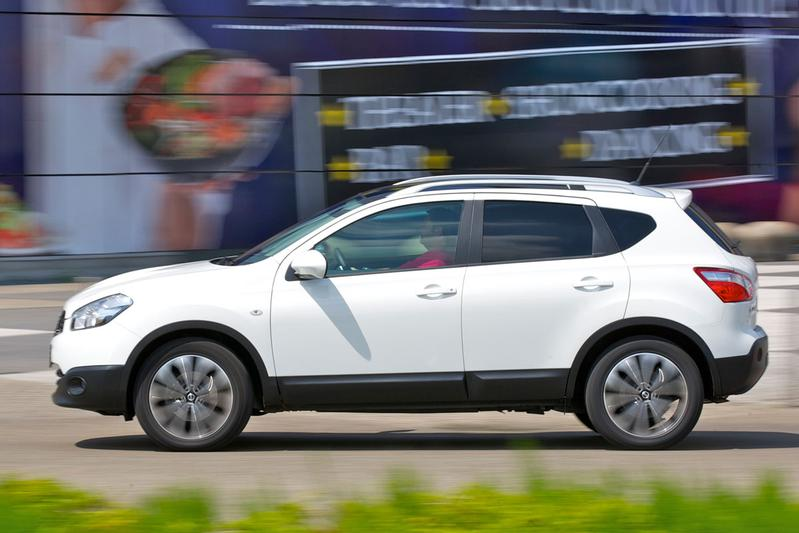 Nissan Qashqai 1.6 Connect Edition (2012)