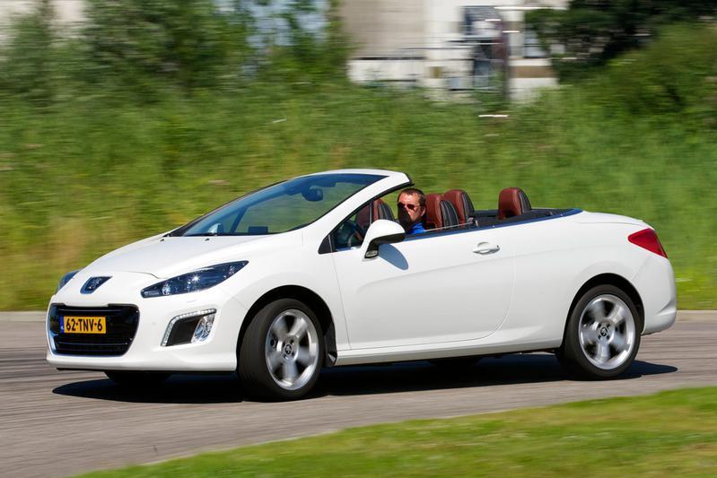 Peugeot 308 CC Sport Pack 1.6 THP (2012)