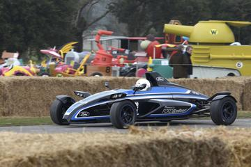 Straat-legale Ford FF1 op Goodwood