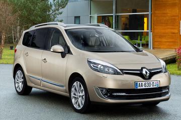 Renault Grand Scénic dCi 130 Energy Bose 7P (2013)