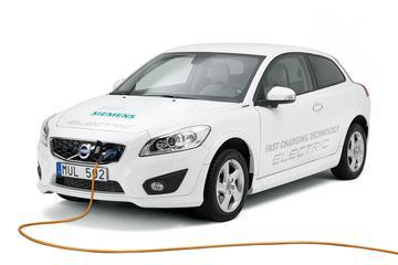 Volvo zet hoog in op elektrische auto's