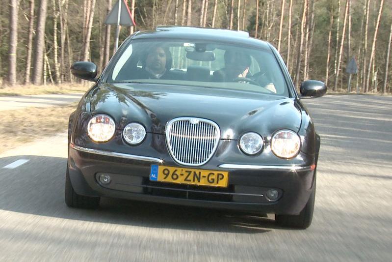 Klokje Rond - Jaguar S-Type