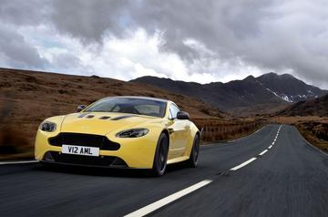 Aston Martin V12 Vantage S loopt harder