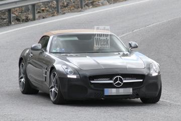 Mercedes-Benz poetst de SLS AMG Roadster op