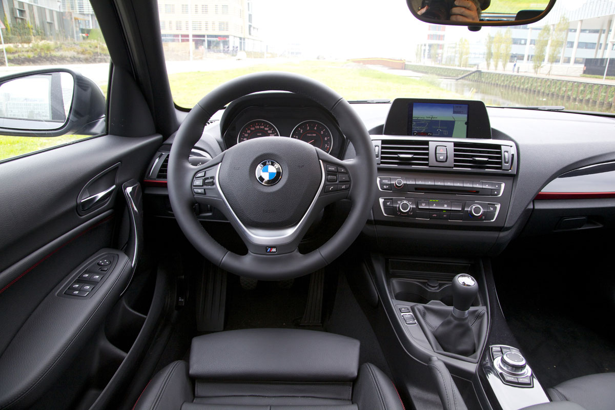 bmw 116i 2013 autotest. Black Bedroom Furniture Sets. Home Design Ideas
